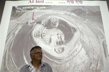 tomb location.jpg